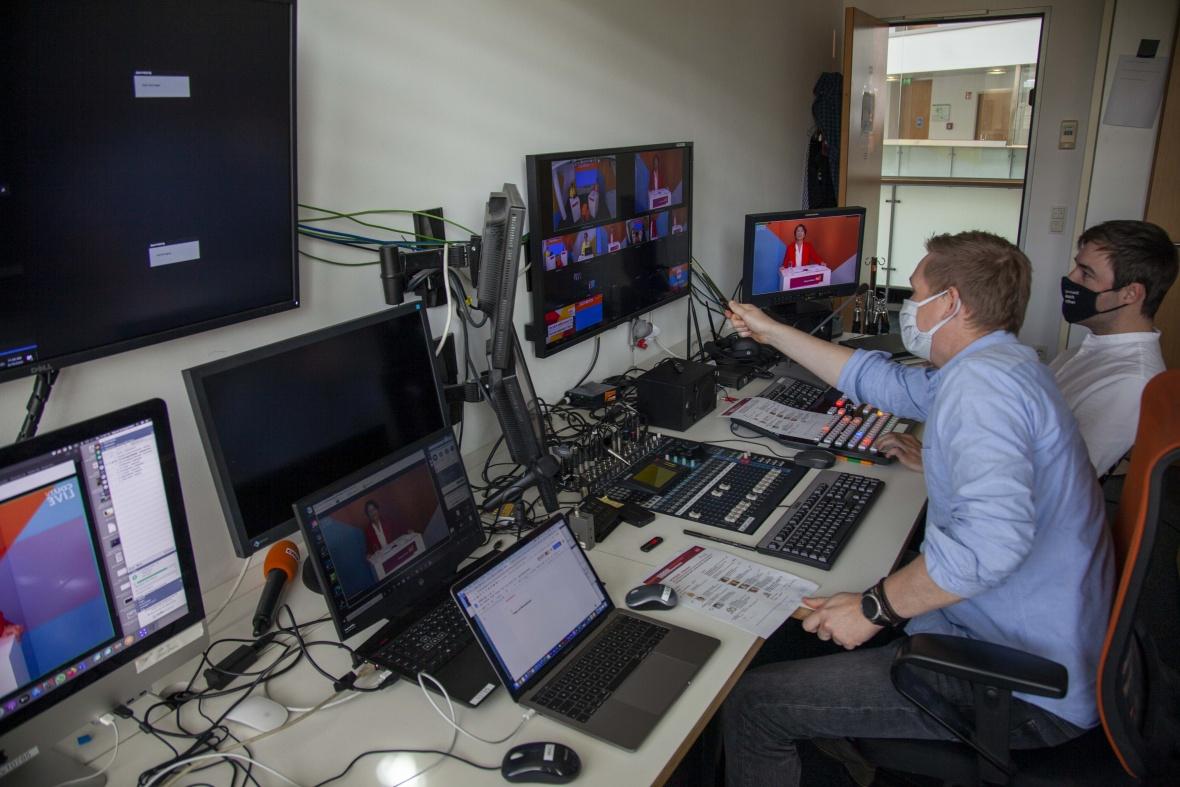 Technik: Blick hinter die Kulissen