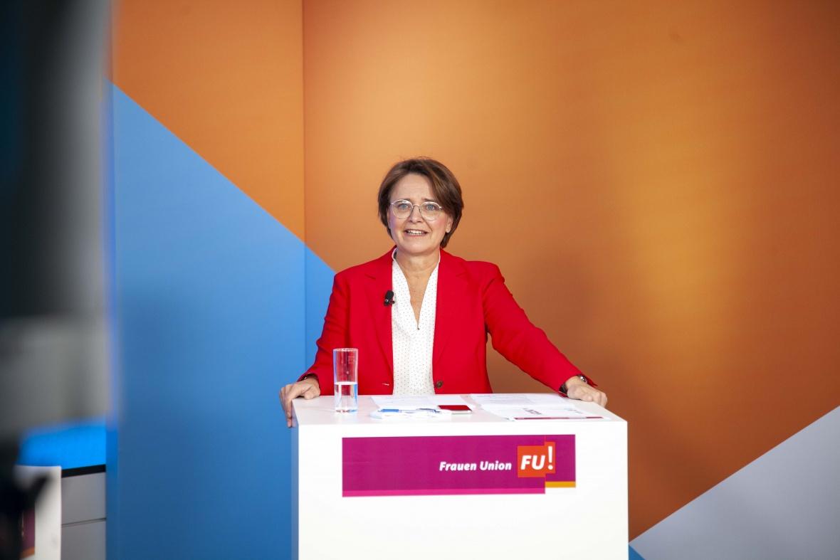 Begrüßung FU-Bundesvorsitzende Annette Widmann-Mauz MdB